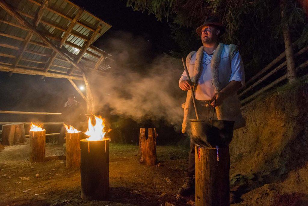 Stână tradițională în Țara Dornelor